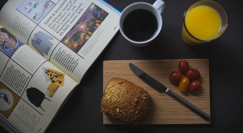 Balsam für die Seele - Mein liebstes Morgen-Ritual: Ein leckeres Frühstück inkl. guter Lektüre.